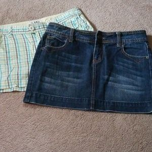 Lot of 2 womans size 7 jean skirt and shorts
